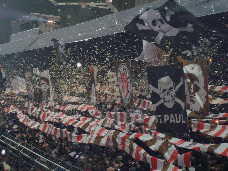 fc st.pauli fans ile ilgili görsel sonucu